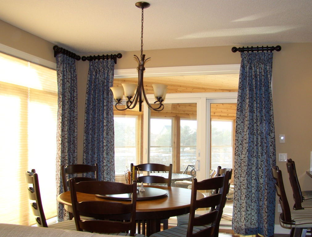 Dining table light above dining table height - Dining room table chandeliers ...