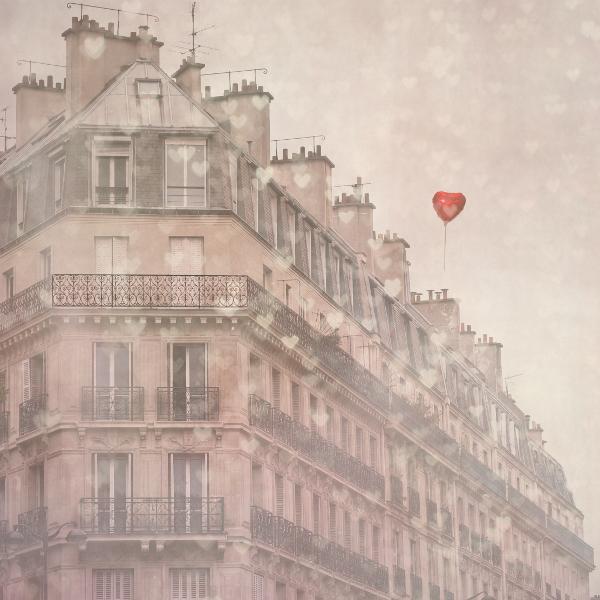 Keri Bevan Paris photo