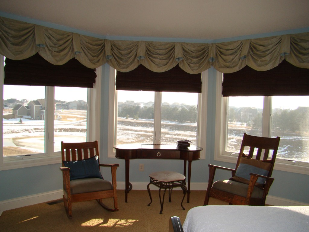 Master bedroom window valance after pic