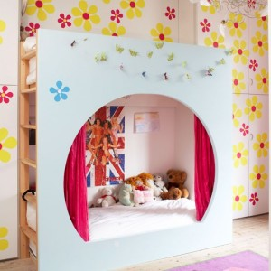 Child bedroom wood floor