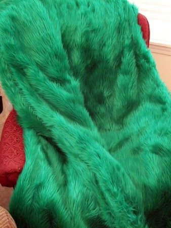Amazon fur emerald throw