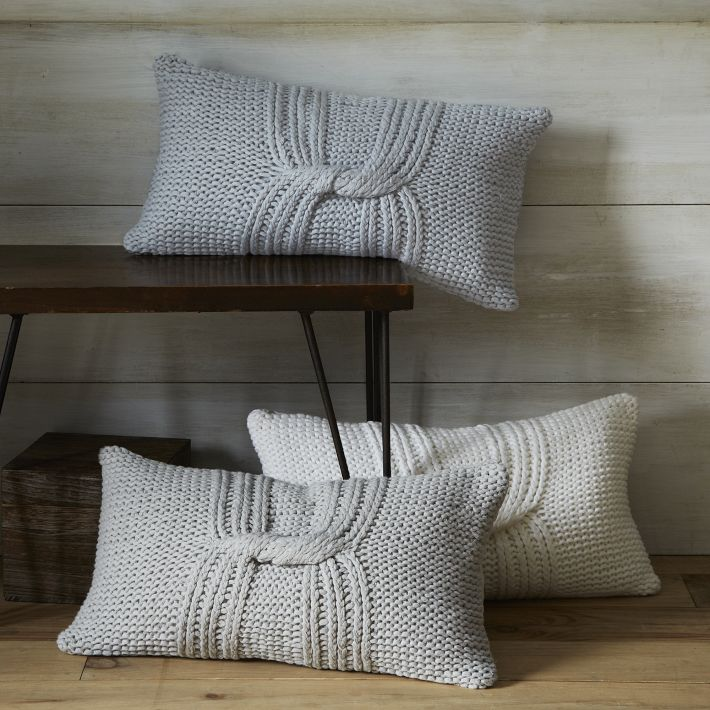 Knotted Rib Pillow