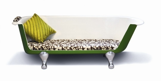 upcycled bathtub sofa