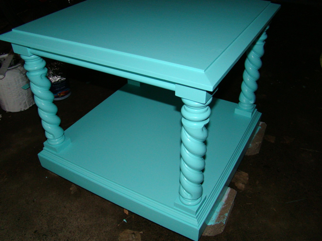 summer end table