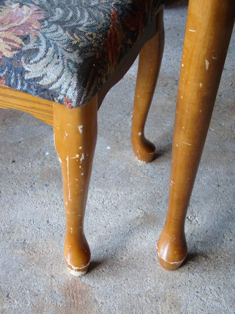 vanity stool legs before