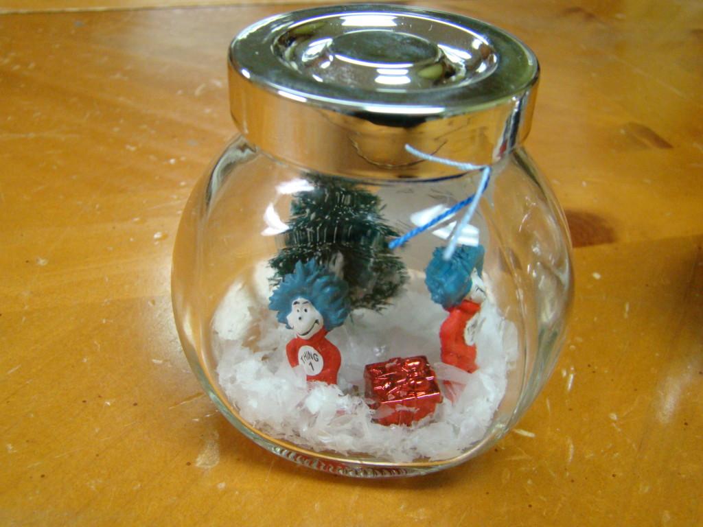 dr suess snow globe