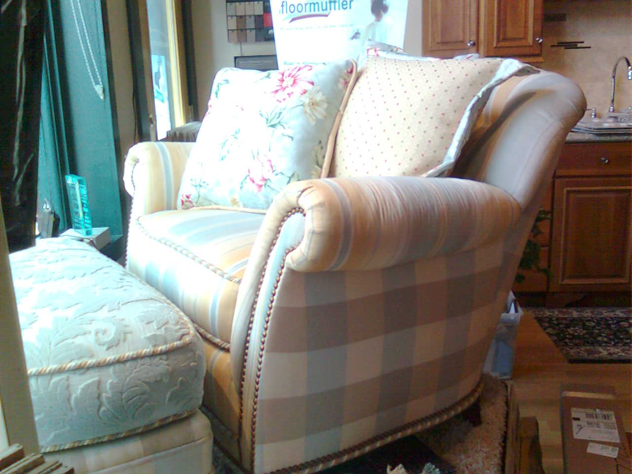 How much does sofa reupholstering cost mjob blog Cost to reupholster loveseat
